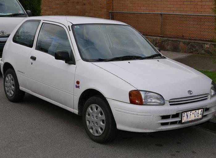Toyota Starlet_goedkope_auto